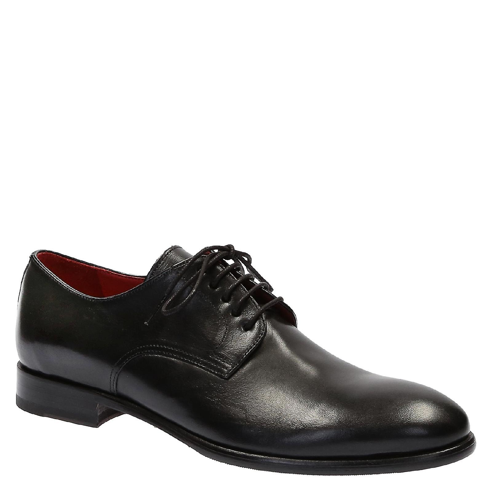 Handmade in mens italian dress shoes in Handmade shiny calf leather e21faf