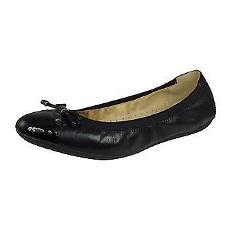 Geox D Lola 2FIT C Nappa Leather Womens Ballet Pumps / Shoes - Black