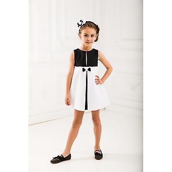 Schwarz und weiß Mädchen verkleiden