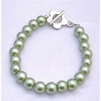 Dainty Light Green Pearls Bracelet Jewelry with Flower Toggle Clasp