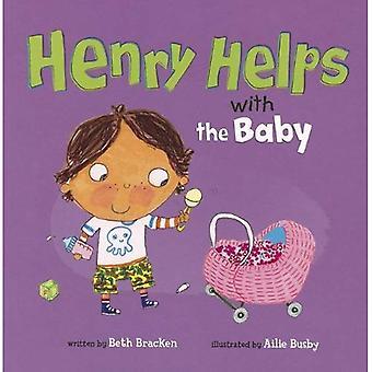 Henry hilft mit dem Baby