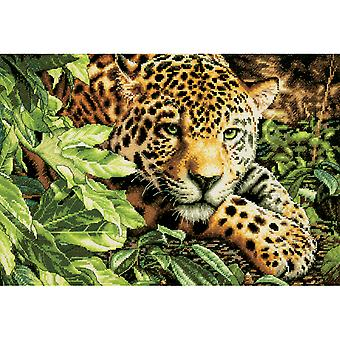Gold Collection Leopard In Repose geteld Cross Stitch Kit 16