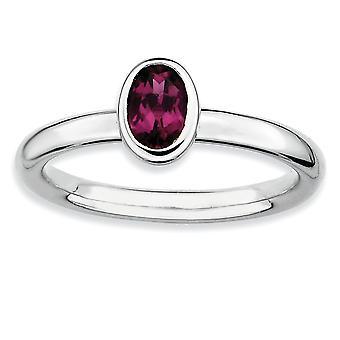 Sterling Silber Lünette poliert rhodiniert stapelbar Ausdrücke Oval Rhodolith Granat Ring - Ring-Größe: 5 bis 10