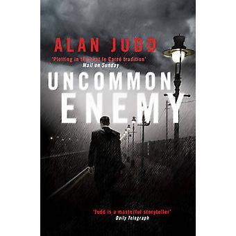 Ungewöhnlich, Feind von Alan Judd - 9781416511151 Buch