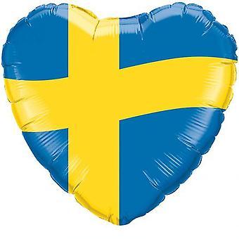 Folieballong w kształcie serca z motywami z flagą szwedzką.