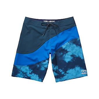Billabong Pulse X Mid Length Boardshorts