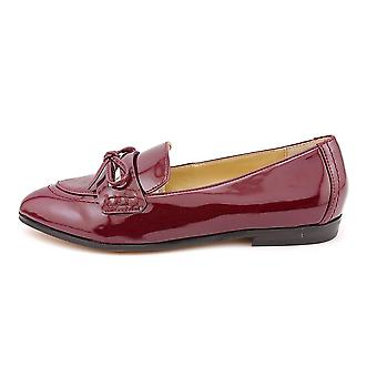 Marc Fisher Womens Trince Closed Toe Loafers