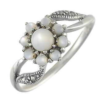 925 Sterling Silver 0.54ct Mother of Pearl & Marcasite Classic Cluster Ring