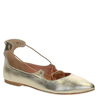 Lace up ballerinas in platinum laminated soft leather