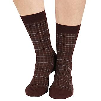 Chrissy warm women's merino wool crew socks in maroon | By Pantherella
