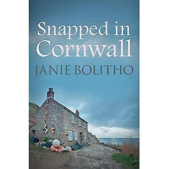 Snapped in Cornwall (Rose Trevelyan Series)