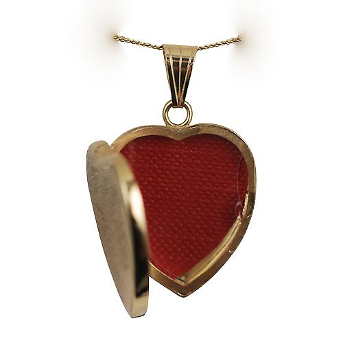 18ct Gold 24x20mm plain heart shaped Locket with a curb Chain 16 inches Only Suitable for Children