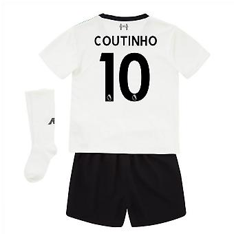 2017-18 Liverpool via Mini Kit (Coutinho 10)