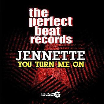 Jennette - Me enciende importación de Estados Unidos [CD]
