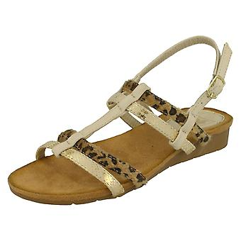 Womens Down To Earth T Bar Slingback Sandals
