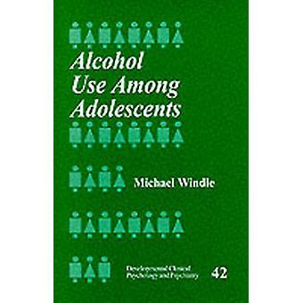 Consumo de álcool entre adolescentes por Windle & Michael