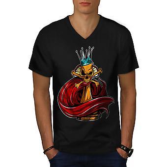 Chess Gamble Board Men BlackV-Neck T-shirt | Wellcoda