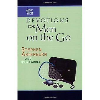 O livro de um ano de devoções para homens em movimento: homens