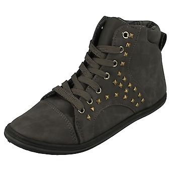 Spot On Flat Ankle Boot / Lace Up / Padded Collar / Studs