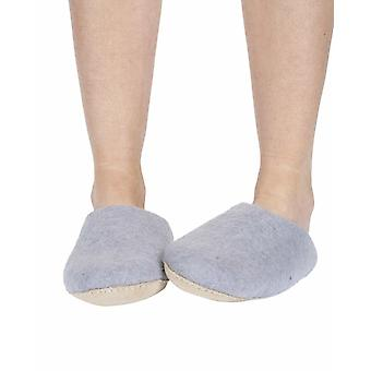 Classic women's warm handmade felt slippers in violet | By Pachamama