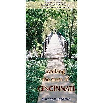 Caminhando os passos de Cincinnati Mary Anna DuSablon - John Cicmanec