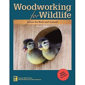 Lavorazione del legno per la fauna selvatica: case per uccelli e animali