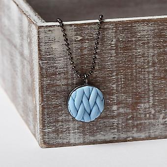 Handgemaakte Pastel blauw gebreide patroon ketting hanger