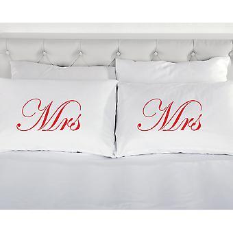 الأبيض مع السيدة الحمراء ووسادات السيدة