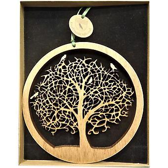 Pendurando a placa de madeira - pequena árvore da vida