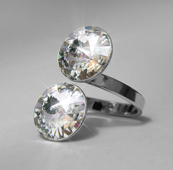 Ring with 2 Swarovski crystals RMB 2.4