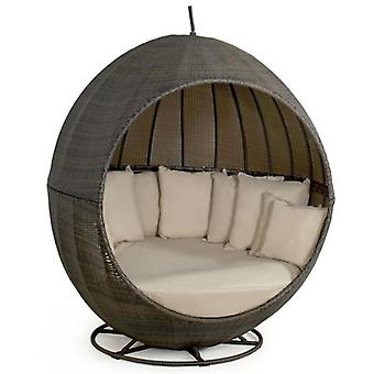 Maze Rattan Apple Day Bed