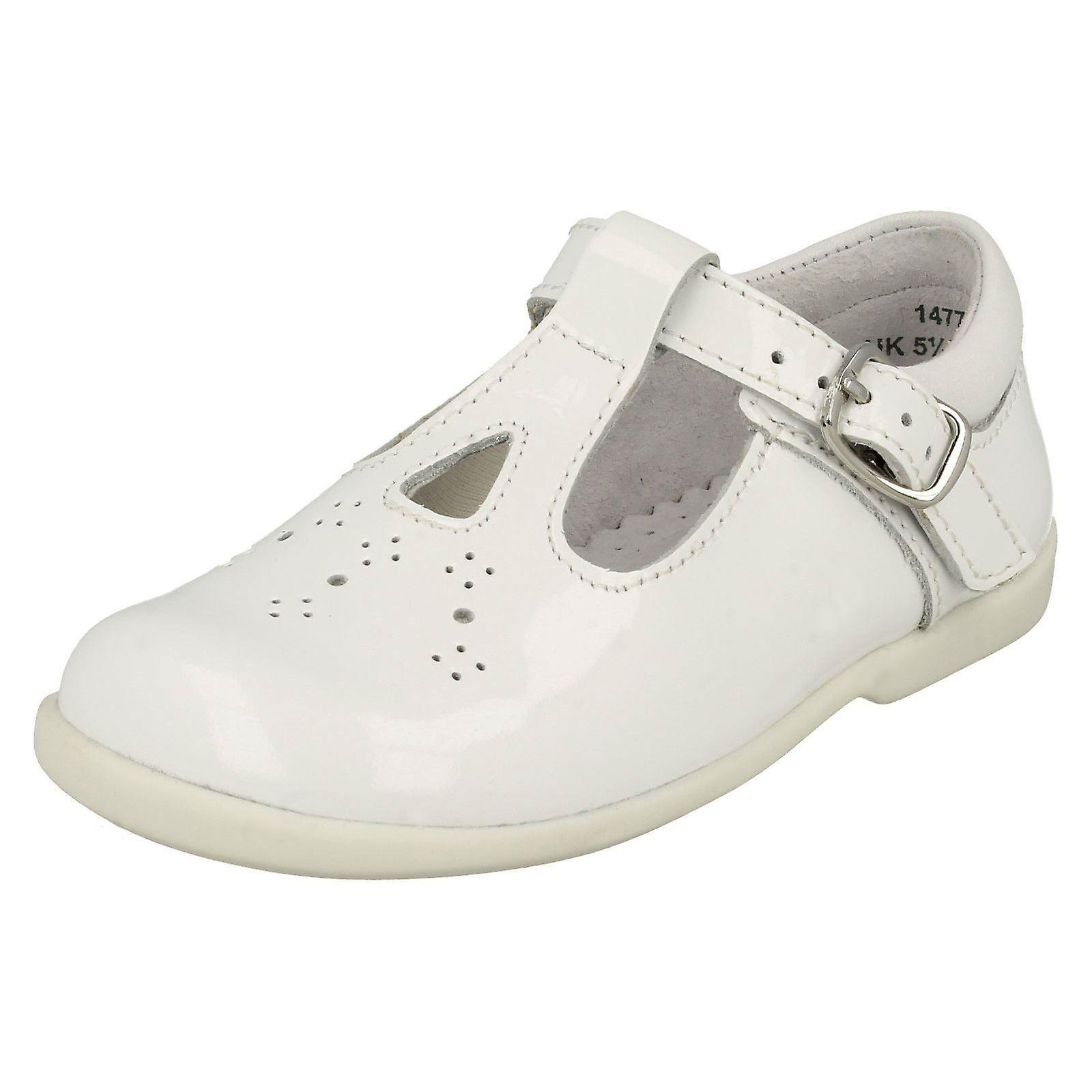 Girls Startrite Cut Out Detailed T-Bar chaussures Swirl