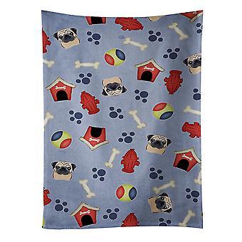 Carolines tesouros BB4041KTWL cachorro casa coleção Pug fulvo toalha de cozinha