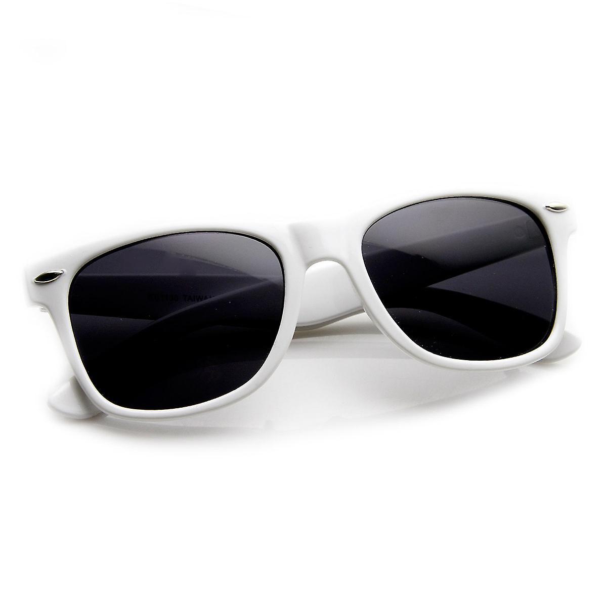 c417138489 Classic Original Shape Color Coated Horn Rimmed Sunglasses