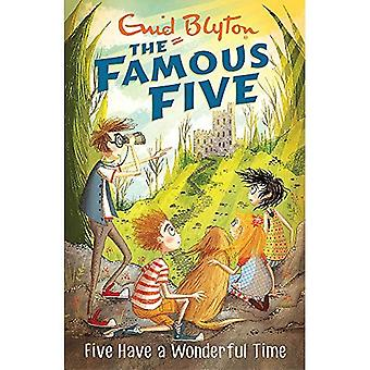 Famous Five: Five Have A�Wonderful Time: Book 11�(Famous Five)