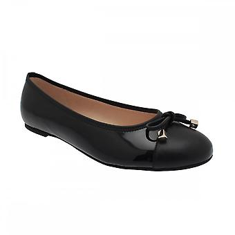 Gabor Ballerina Pump With Toe Panel And Bow