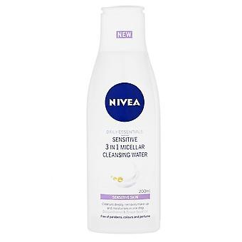 Nivea dagelijks Essentials gevoelige 3 in 1 micellaire reiniging Water