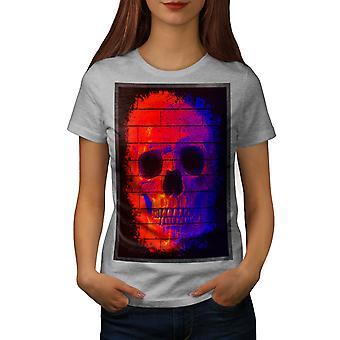 Graffiti Metal Art Skull Women GreyT-shirt | Wellcoda