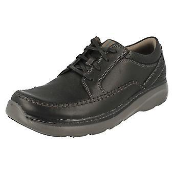Mens Clarks sapatos - Charton Vibe