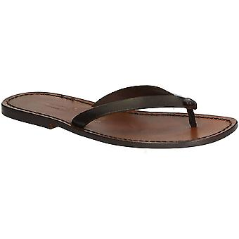 Sandali infradito in pelle marrone scuro per gli uomini fatti a mano