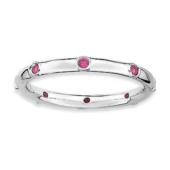 Sterling sølv Bezel poleret Rhodium-belagt stabelbare udtryk lavet Ruby Ring - ringstørrelse: 5-10