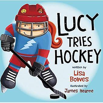 Lucy försöker Hockey