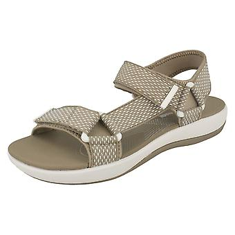 Dames Clarks Casual Strappy sandalen Brizo Cady - zand textiel - UK grootte 3D - EU grootte 35,5 - Amerikaanse maat 5.5M