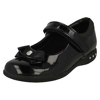 Girls Clarks Bow Detail School Shoes Prime Skip