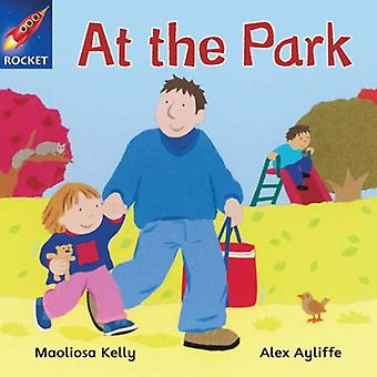 At the Park: Pink Reader 1 (Rigby Star Independent)