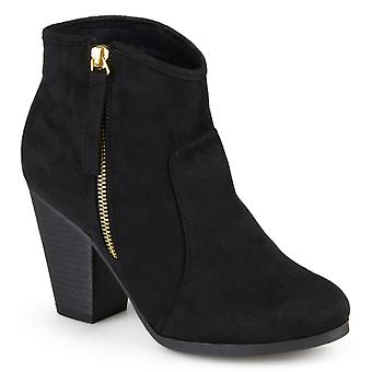 Journee Collection Womens Wd link Closed Toe Ankle Fashion Boots