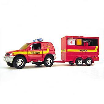 Feuerwehr voiture avec remorque