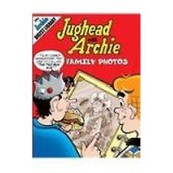 Family Photos - 9781599612737 Book