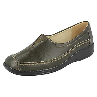 Ladies Eaze Slip On Flat Shoe F3049