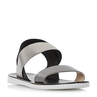 LACER Mesdames dune chemise à élastiques bracelet sandale plate en noir